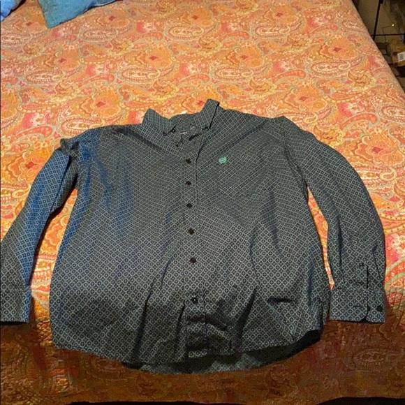 Men's Medium Cinch shirt
